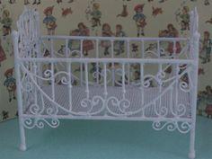 Dolls House White Wire Cot. WW02.