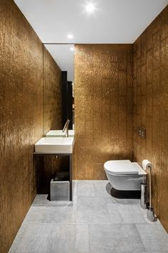 Le Clos Y / Paris France / Agence Daï Sugasawa / Restaurant / bathroom Unisex Bathroom, Bathroom Spa, Bathroom Toilets, Laundry In Bathroom, Modern Bathroom, Small Bathroom, Bathroom Ideas, Restaurant Bad, Restaurant Bathroom