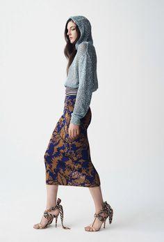 Fashion Week, Knit Fashion, Milan Fashion, Star Fashion, Fashion Beauty, Spring Fashion, Fashion Trends, Missoni, Vogue Paris