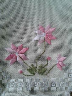 This Pin was discovered by Ses Embroidery Designs, Geometric Embroidery, Tambour Embroidery, Hardanger Embroidery, Types Of Embroidery, Learn Embroidery, Embroidery Needles, Hand Embroidery Stitches, Embroidery Techniques