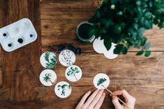 Aquarel Sunday photo by Roman Kraft ( on Unsplash Art Thérapeute, Girls Nails, Arm Knitting, Jolie Photo, Lightroom, Photoshop, Stuffed Animal Patterns, New Hobbies, Cheap Hobbies