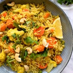 Vegan Indian-Spiced Rice Pilaf This veggie-packed rice dish is ready in just 30 minutes! Veggie Dishes, Veggie Recipes, Indian Food Recipes, Dinner Recipes, Cooking Recipes, Healthy Recipes, Veggie Food, Vegan Rice Dishes, Vegetarian Recipes Videos