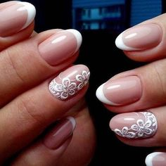 Looking for easy nail art ideas for short nails? Look no further here are are quick and easy nail art ideas for short nails. Trendy Nail Art, Stylish Nails, French Nails, Cute Nails, Pretty Nails, French Tip Nail Designs, White Glitter Nails, Bridal Nail Art, Wedding Nails Design