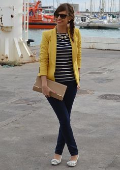navy blue and yello clothes | Navy blue with white stripes, yellow blazer and neutral accessories ...