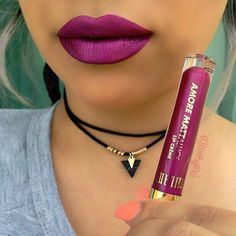 Tag A Friend  Drum roll pleaseeee lol after searching every darn drugstore I finally found @milanicosmetics Mettalic liquidlipstick #amoremattallics lip Creme this is the color (Automatic Touch) .... Purchased this one at @cvspharmacy for $7.49 buy one get half off ... Ohhh am loving them, the perfect Kylie dupe.Formula is better than what I thought it be . ✖️The only issue I have is the color selection,but this color here is must have. ~Follow me on  #snapchatGlamByMeli...
