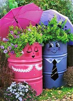Ideas For Yard Art Diy Garden Projects Kids Garden Crafts, Garden Projects, Art Projects, Diy Crafts, Metal Barrel, Oil Barrel, Yard Art, Container Gardening, Flower Pots