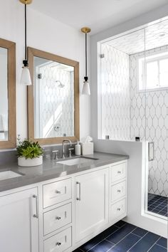 Bathroom tips, bathroom renovation, master bathroom decor and master bathroom organization! Master Bathrooms could be beautiful too! From claw-foot tubs to shiny fixtures, these are the bathroom that inspire me the absolute most. Coastal Bathrooms, Modern Bathroom, Small Bathroom, Luxury Bathrooms, Master Bathrooms, Hotel Bathrooms, Minimalist Bathroom, Master Bedroom, Bathroom Renos