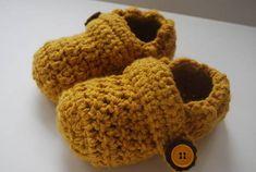 for my nephew;) @Christina & christian Crochet Clog Slippers + Pattern - CROCHET