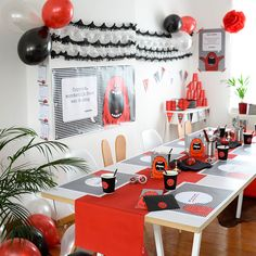 Opgelet: feestgevaar met deze Mega Monster Ultimate Partybox – Beaublue #megamonster #partybox #beaublue