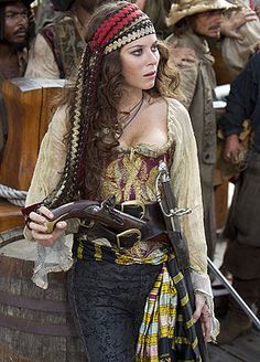 pirate female / captain / steampunk for women