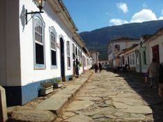 Rua em Tiradentes, Minas Gerais, Brasil.