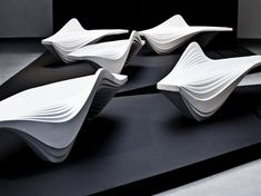 Serac Bench or Lab23 by Zaha Hadid Design: The Essential - 2013 - Di Marzo Cecilia