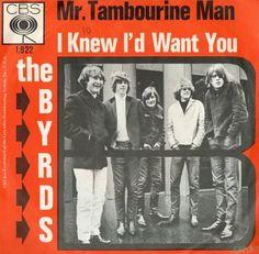 The Byrds 12 april 1965 Vandaag precies 47 jaar geleden, op 12 april 1965, werd de eerste singlehit van The Byrds uitgebracht. Inmiddels een popklassieker, geschreven door Bob Dylan.