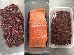 Pas de cuisson, une préparation la veille et un résultat original pour cette recette de saumon mariné qui a toute légitimité à se retrouver sur une table de fêtes. L'ajout de la betterave hac…