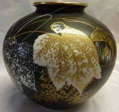 "Selb Germany ""Malvecea"" 18 cm Christmas Bulbs, Germany, Exercise, Ceramics, Holiday Decor, Home Decor, Art, Flower Vases, Vases"