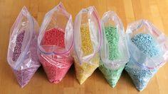 Caja sensorial arcoiris de arroz