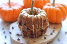 Mini Chocolate Chip Pumpkin Bundt Cakes with Cinnamon Glaze | Photos