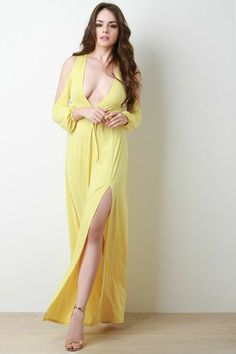 Cold Shoulder Thigh High Slit Maxi Dress - Avenue of Angels Sexy Outfits, Sexy Dresses, Girls Dresses, Fashion Outfits, Beauty Full Girl, Beauty Women, Look Fashion, Girl Fashion, Maxi Dress With Slit