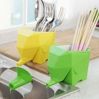 Name : Drainable Kitchen Cutlery Storage Box Unit weight : approx 220g/pc Color : Yellow,green,orang