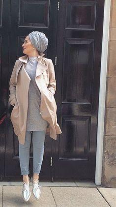 Hijab + Trench (Dina Tokio)...
