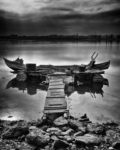 """500px / Photo """"black and white morning"""" by Daniel Antunes follow http://pinterest.com/ahaishopping/#black #white #photo"""