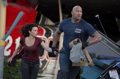 'San Andreas' rocks box-office, 'Aloha' doesn't
