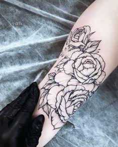 Flower tattoo on hand blackwork by Katya Geta Hand Tattoos, Tatoos, Forearm Flower Tattoo, Goddess Tattoo, Tattoo Illustration, Tattoo Photos, Blackwork, Tatting, Piercings