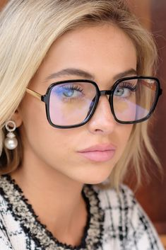 9 To 5 Black Clear Blue Light Glasses Brown Glasses, Cool Glasses, New Glasses, Cute Glasses Frames, Glasses For Round Faces, Girls With Glasses, Oversized Glasses, Fashion Eye Glasses, Wearing Glasses