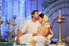 ideas photography wedding kerala for 2019 Hindu Wedding Photos, Indian Wedding Poses, Hindu Wedding Ceremony, Hindu Weddings, Tamil Wedding, Wedding Stills, Wedding Film, Wedding Couples, Wedding Advice