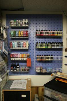 60 Most Popular Art Studio Organization Ideas and Decor Peg board paint organisation Garage Art Studio, Art Studio Storage, Art Supplies Storage, Art Studio Organization, Art Studio At Home, Studio Room, Organization Ideas, Storage Ideas, Paint Organization