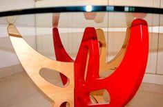 Little table Augusto Coffee table with birch interlocking structure and transparent crystal top. Line StarJoint, desgined by Ambra Romagnoli. #madeinitaly #artigianato #tavolino #littletable #caffè #coffee #ambraromagnoli