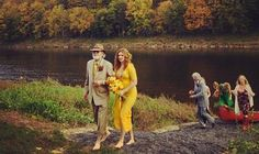 Amber Tamblyn's gorgeous yellow wedding dress revealed thanks to Questlove