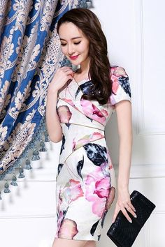 Free delivery | 100% Same Item | Made in Vietnam Pink/Blue Flowers ₱1850.00   #Dress #ph #pinay #Philippines #outfitpost #outfitoftheday #manila #lookoftheday #outfits #look