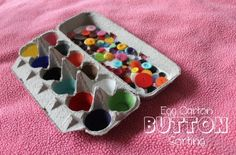Egg Carton Button Sorting {Kids} preschool fine motor, color, matching