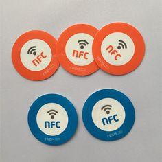 Etiqueta engomada de la NFC : Tipo byte 2 144, círculo 25 mm Ntag213 NFC Tag, HF NFC etiqueta imprimible
