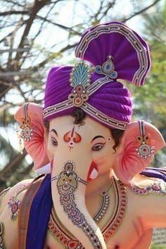 Shri Ganesh Images, Hanuman Images, Ganesha Pictures, Ganesh Lord, Lord Shiva Statue, Jai Ganesh, Ganesh Idol, Ganesha Art, Clay Ganesha