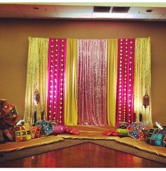 22 Awesome Mehndi Decor for Your Special Wedding Decoration Desi Wedding Decor, Wedding Hall Decorations, Marriage Decoration, Wedding Mandap, Backdrop Decorations, Diwali Decorations, Flower Decorations, House Decorations, Backdrops
