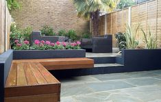 Brick and modern landscape design - modern garden design london natural sandstone paving patio brick and Garden Design London, London Garden, Modern Garden Design, Contemporary Garden, Patio Design, Landscape Design, Modern Design, Backyard Layout, Backyard Landscaping