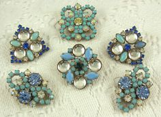 Turquoise Rhinestone Buttons...Glass Rhinestone...Claw Set...Turquoise Glass Buttons.. Rhinestone Buttons...6D.