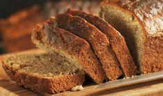 Pan de plátano con nuez, ideal para comer en un brunch dominguero, o como una dulce merienda.