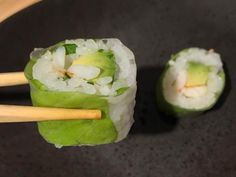 Sushi Shop Zurich - Sushi with a French Twist Eat Sushi, Best Places To Eat, Zurich, Food Pictures, Wine Recipes, Restaurants, Shops, Yummy Food, Ethnic Recipes