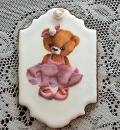 All hand-piped with Royal Icing and hand-painted, on a chocolate sugar cookie. Bear Cookies, Fun Cookies, Cupcake Cookies, Cupcakes, Chocolate Sugar Cookies, Hand Pipes, Royal Icing, Amazing Cakes, Event Planning