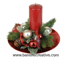 Christmas Candle Decorations, Christmas Flower Arrangements, Christmas Tabletop, Christmas Swags, Holiday Centerpieces, Christmas Flowers, Christmas Tablescapes, Christmas Candles, Christmas Diy