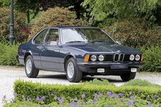 Looking for the BMW of your dreams? There are currently 393 BMW cars as well as thousands of other iconic classic and collectors cars for sale on Classic Driver. Bmw Old, Bmw 635 Csi, Bmw 6 Series, Porsche 924, Collector Cars For Sale, Bmw Classic, Bmw Cars, Cars And Motorcycles, Wheels