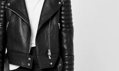 Made of pebbled Italian lamb hide leather, our take on the classic leather moto jacket features a removable Toscana fur collar.