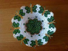 Seed Bead Crafts, Angel Wing Earrings, Beaded Flowers, Bead Art, Doilies, Table Runners, Seed Beads, Crochet Earrings, Helmet