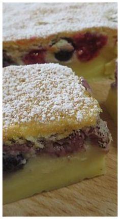 Torta magica ai frutti di bosco, deliziosa! #tortamagica #fruttidibosco #ricettegustose
