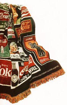 this looks like mine and I love it! Coca Cola Decor, Coca Cola Ad, Always Coca Cola, World Of Coca Cola, Coke Products, Coca Cola Kitchen, Cocoa Cola, Best Soda, Fotografia