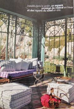 sunroom a.k.a. jardin d'hiver. must have one in future house.