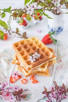 Waffles, Keto, Breakfast, Food, Morning Coffee, Essen, Waffle, Meals, Yemek